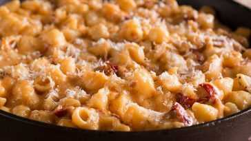Mac 'n' Cheese with Lobster Mushrooms Recipe